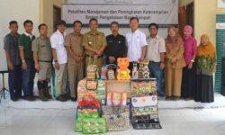 Warga Riau Mengubah Sampah Menjadi Rupiah