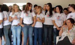 Tradisi Unik Menyambut Menstruasi Pertama di 10 Negara