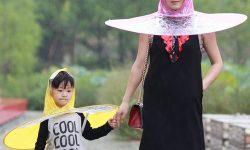Inilah Jas Hujan Sekaligus Payung Buatan China, Aneh atau Kreatif ?