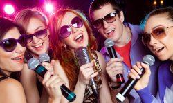 Inilah 6 Manfaat Karaoke untuk Kesehatan dan Karier