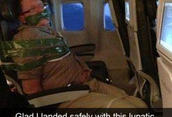 Dari Bikin Kesal hingga Terharu, Inilah 7 Kelakukan Aneh Penumpang Pesawat!