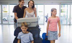 Tips Enjoy Berpergian Bersama Keluarga