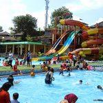 kolam renang umum